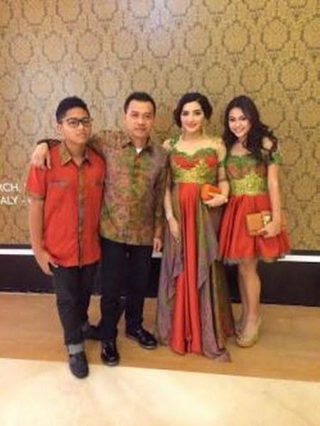Kompaknya keluarga Anang-Ashanty