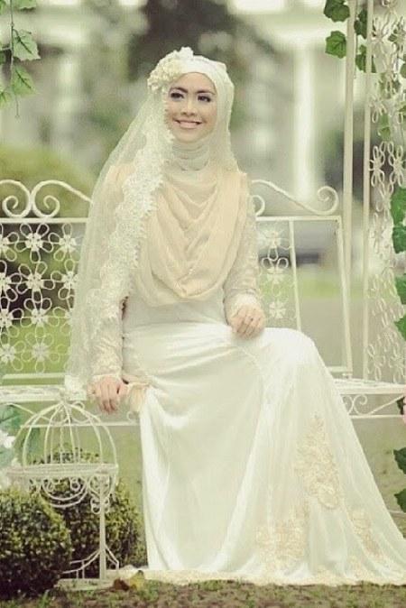 Baju Pengantin Oki Setiana Dewi - Putih