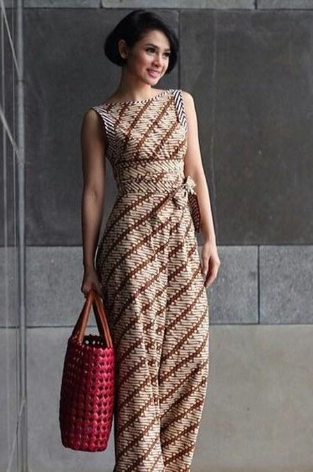Batik elegan Andien