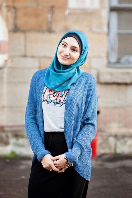 Gambar-Berbusana-Hijab-Dengan-Cardigan