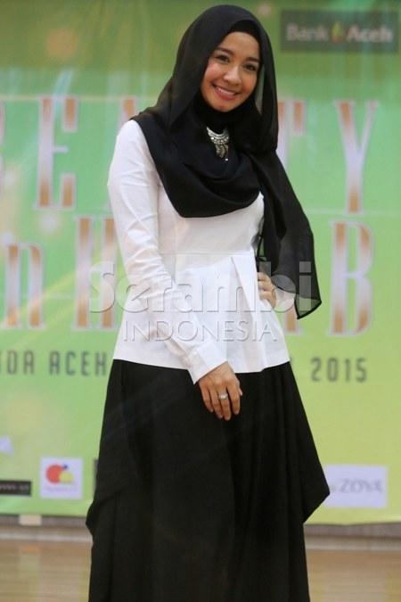 Hijab Santai ala Laudya Cynthia Bella 15 hijab casual ala laudya cynthia bella ide model busana,Model Busana Muslim Laudya Chintya Bella