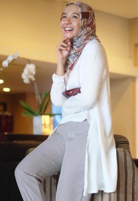 Hijab Santai ala Laudya Cynthia Bella 4 hijab casual ala laudya cynthia bella ide model busana,Model Busana Muslim Laudya Chintya Bella