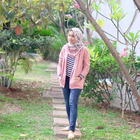 Inspirasi dari Busana Hijab Laudya Cynthia Bella (7)