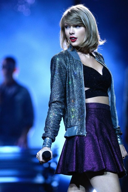 Koleksi Jaket Taylor Swift (4)