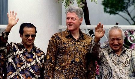 Mahathir Mohammad, Bill Clinton, Presiden Suharto