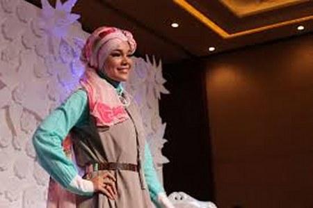 Model Hijab ala Dewi Sandra (16)