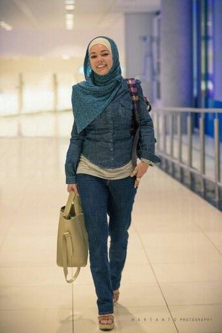 Model Hijab ala Dewi Sandra (24)