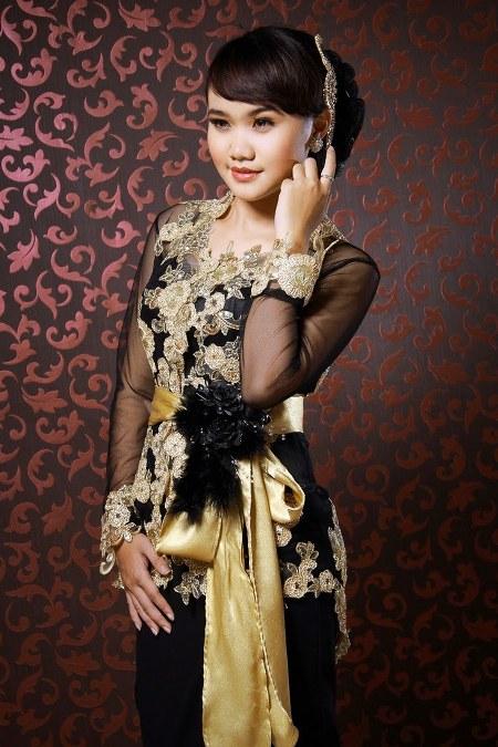 Model-Kebaya-Bali-Modifikasi