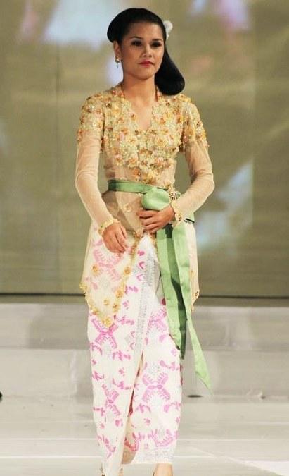Model-Kebaya-Modern-Kartini-Terbaru-2016