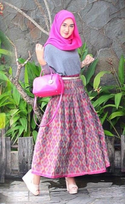 Pesona Batik Nusantara yang Indah dan Menawan untuk Muslimah  Ide