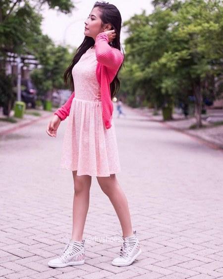 Prilly Latuconsina (23)