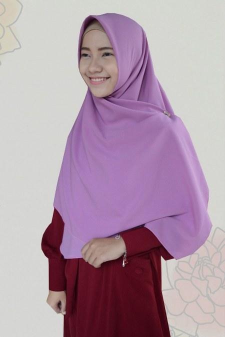 athiyyah-khimar-amirah-dusty-purple