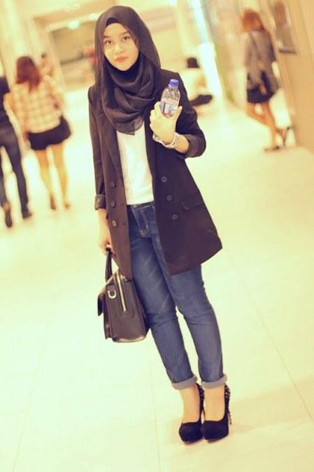 Model baju muslimah trendi untuk kuliah ide model busana Fashion dan style remaja