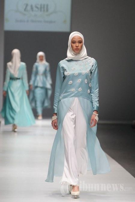 fashion-show-zaskia-dan-shireen-sungkarfashion-show-zaskia-dan-shireen-sungkar