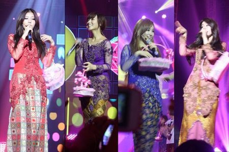 Wonder-Girls-konser-kebaya