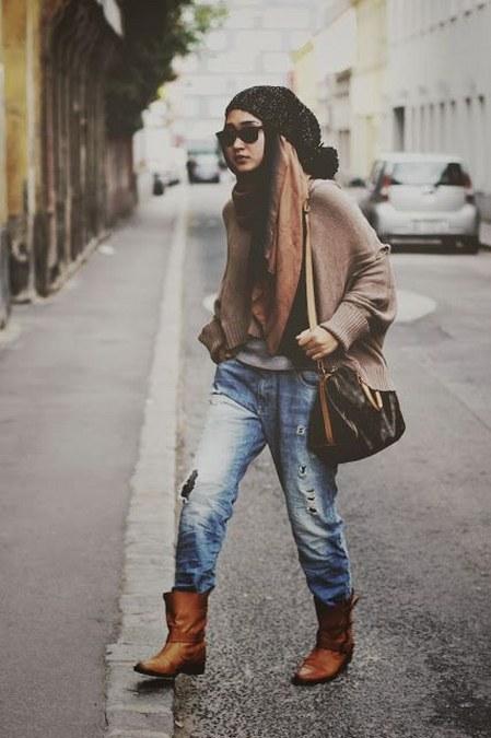 Dress Hijab dan Sepatu Boot (15)