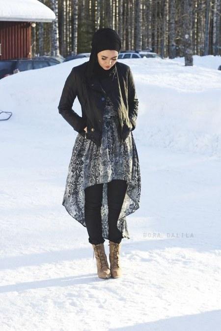 Dress Hijab dan Sepatu Boot (3)