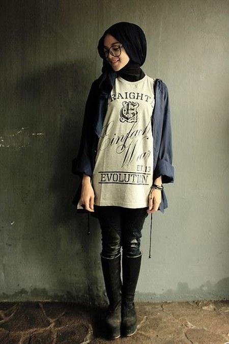 Dress Hijab dan Sepatu Boot (5)