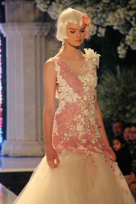 Ivan Gunawan 2014 Wedding Dresses Madame Sakura Collection 4_450x675