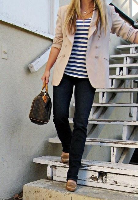 kaos+blazer+skinny jeans+flats