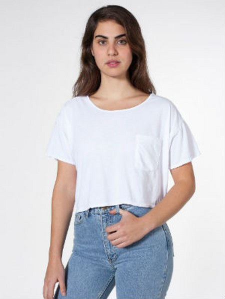 white-pocket-crop-top-shirt
