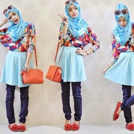 mini skirt feat celana panjang dan pattern blouse