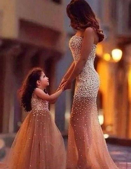 Gaun Kembar Ibu dan Anak