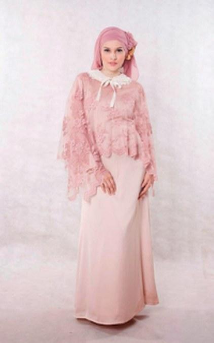 Baju Muslim Kebaya Modern untuk Ibu Hamil