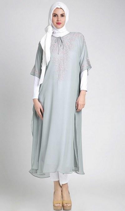 Desain Baju Muslim Trendy Untuk Wanita Hamil