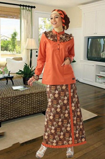 Dress-Batik-dengan-Paduan-Blus