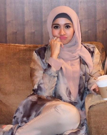 Hijab Santai ala Laudya Cynthia Bella (7)