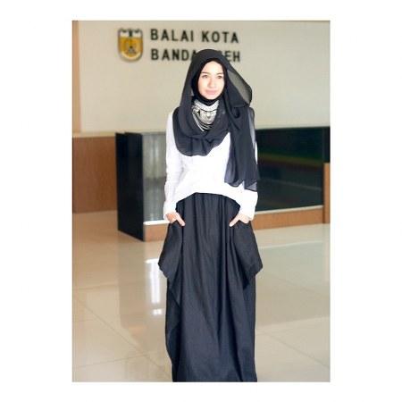 Inspirasi dari Busana Hijab Laudya Cynthia Bella (2)