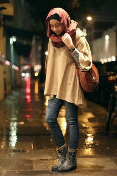 Dress Hijab dan Sepatu Boot (14)