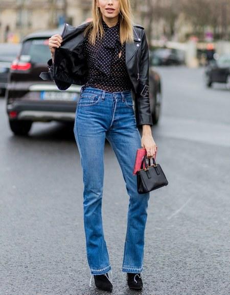 high waist jeans dengan kemeja dan jaket kulit