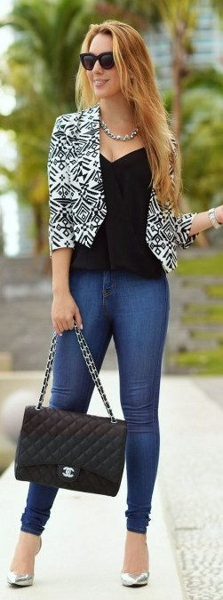 Black And White Aztec Print Crop Blazer by Chic Fashion WorlÿÛ
