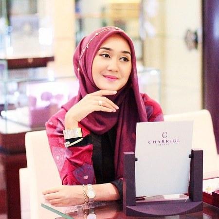 contoh-cara-memakai-hijab-elegan_450x450
