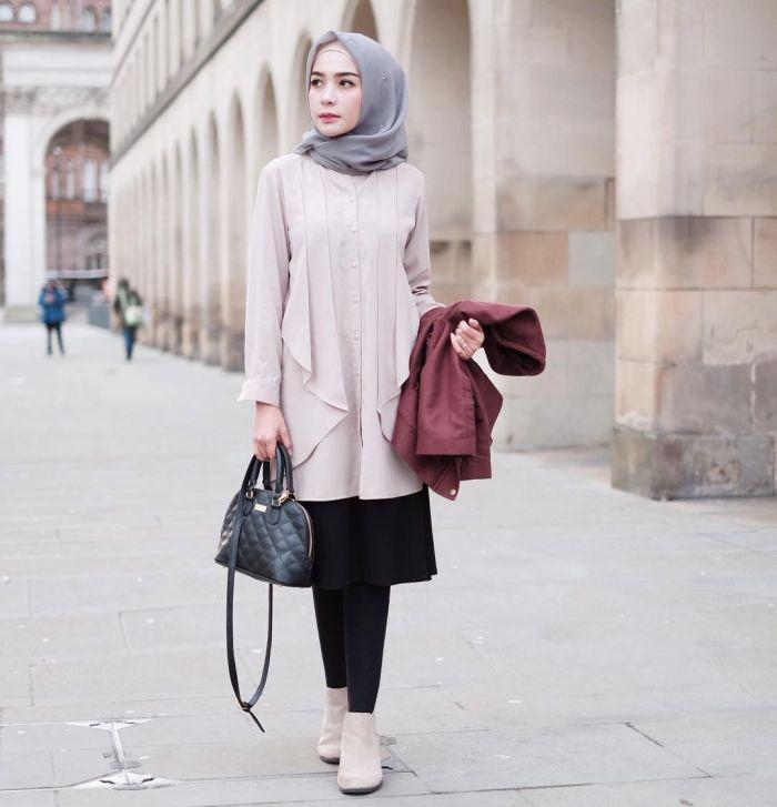 30453-7-inspirasi-mix-and-match-hijab-warna-abu-abu-yang-bisa-dipakai-sehari-hari