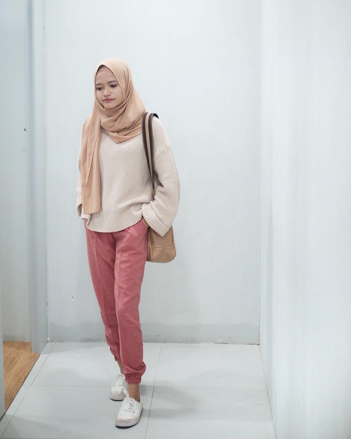 Hijab dengan celana