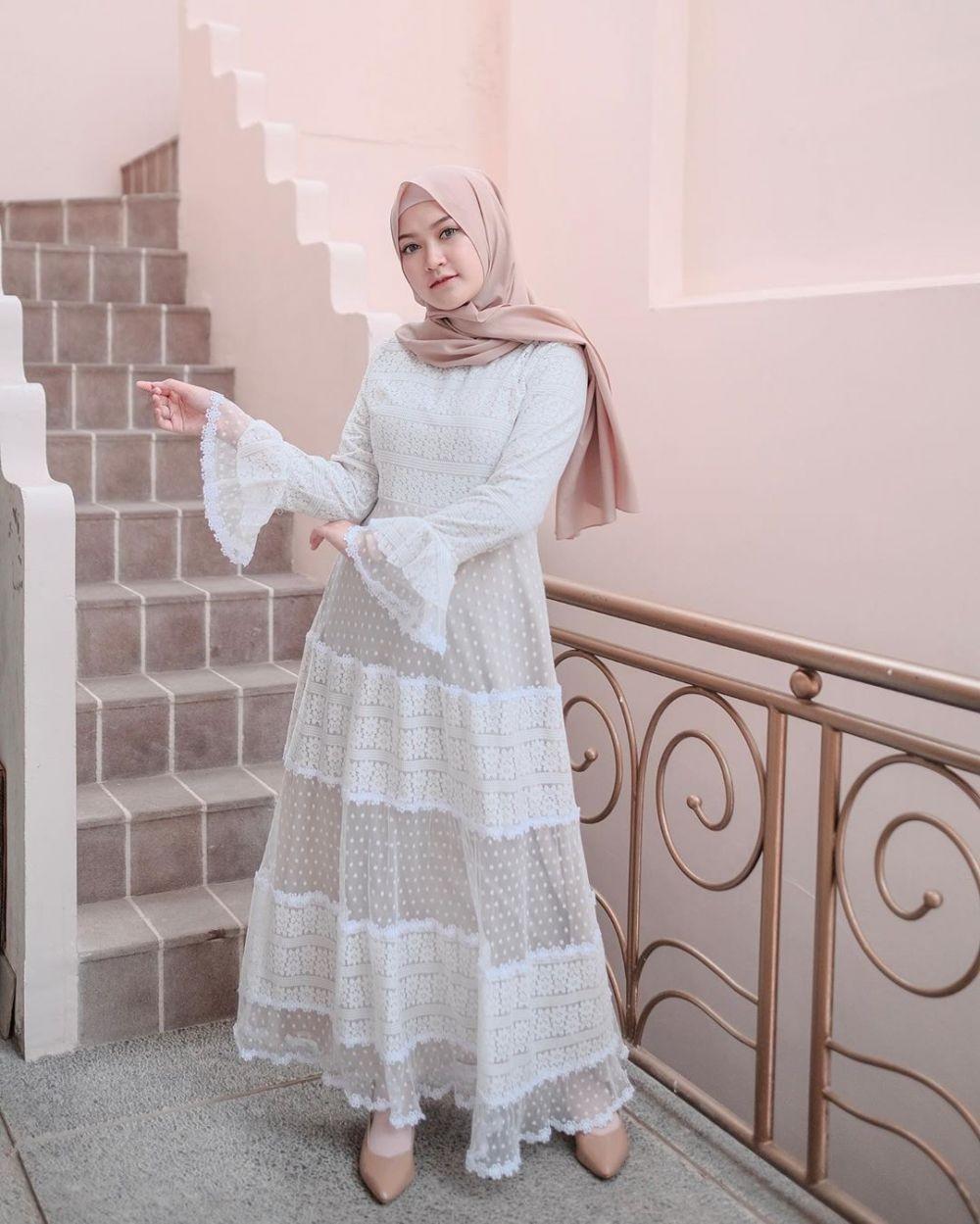 Model dress korea